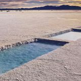 Lithium in drinking water linked with lower suicide rates
