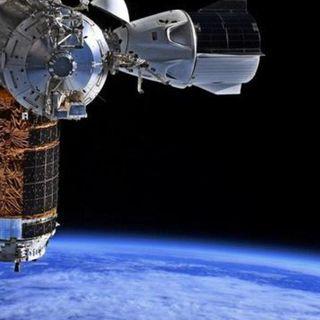 "SpaceX Crew Dragon astronauts await ""go"" for weekend re-entry, splashdown"