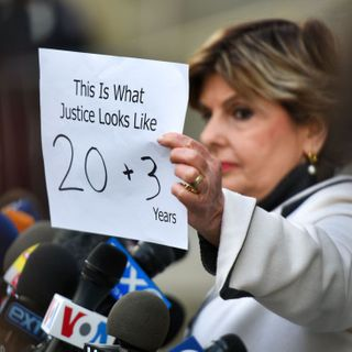 "Harvey Weinstein Accusers Speak Out: ""23 Years! We Did It!"""