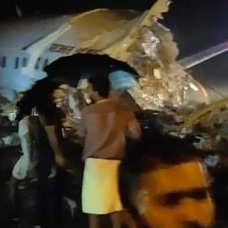 Air India Express plane with 191 from Dubai skids off Kozhikode runway, pilot killed