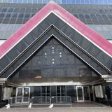 Atlantic City to Carl Icahn: Tear down crumbling Trump Plaza before it kills somebody