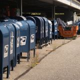 After outcry, Postal Service halts reforms until after election