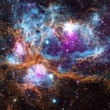 Leading scientists team up to create an at-home Astronomy course