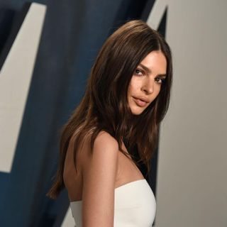 Emily Ratajkowski Accuses Photographer Of Sexual Assault, Fans Praise Her For Her Bravery
