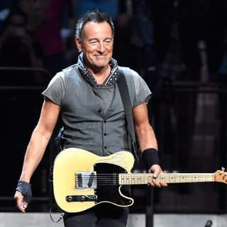 "Bruce Springsteen and E Street Band Release Emotional ""Letter to You"" Ahead of New Album 