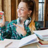 Scholarship Program Seeking Florida's Top Youth Volunteers