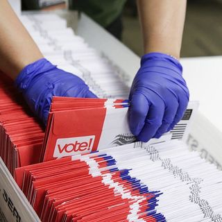 Pa. State Department: Counties can't discard mail-in ballots over signature