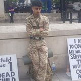 British soldier arrested for protesting in uniform against Yemen war