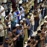 Coronavirus: Mosques in Jakarta disregard appeals to cancel Friday prayers