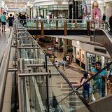 Weltweite Umfrage unter Ökonomen: Die Leistung der Weltwirtschaft wird in diesem Jahr um 4,4 Prozent schrumpfen