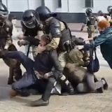 Russian Police Detain Dozens Amid Continuing Protests in Khabarovsk