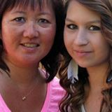 8 years after death of Amanda Todd, her mother speaks out in new cyberbullying documentary   CBC News