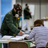 Wisconsin's Pandemic Election Is a Red Alert for Democracy in America
