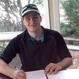 Sharks Sign Center Ozzy Wiesblatt