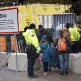 Federal government asks court to keep Canada-U.S. pact to prevent 'influx of refugee claimants'