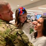700 Minnesota National Guard soldiers deployed in Middle East return home after a year
