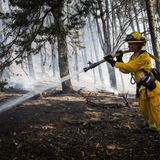 Authorities fear high winds, dry conditions will spread Northern California wildfires this weekend