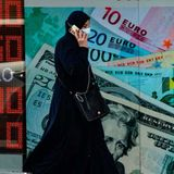 Turkish lira slump continues as foreign tensions simmer