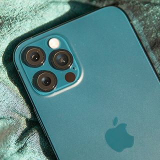 iPhone 12 Pro lets people who are blind 'see' others around them
