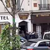Man 'armed with machete' arrested in hotel room after walking around Paris