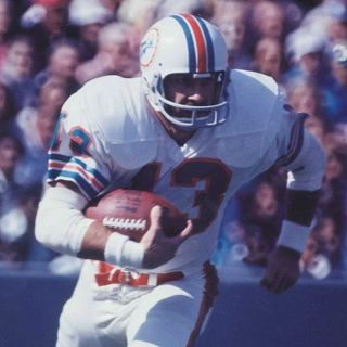 Jake Scott, Miami Dolphins legend and Super Bowl MVP, dies at 75