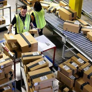 Cyber Monday shoppers spent $10.8 billion, missing projection