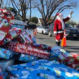 Martha's Kitchen gives away thousands of gifts to Bay Area families in need