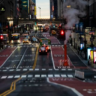 NYC to fine those who violate social distancing rule