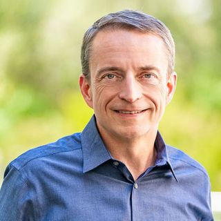 Intel replaces CEO after successive manufacturing failures