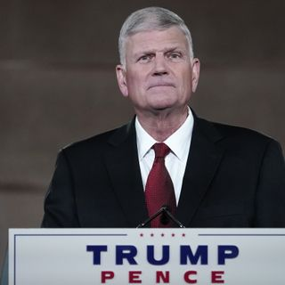 Franklin Graham compares 10 Republicans who voted to impeach Trump to betrayal of Christ