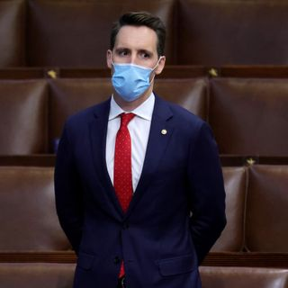 Josh Hawley secures new book deal after last fell through following Capitol riot