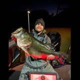 Angler reels in massive, once-in-a-lifetime bass in Texas lake after lengthy struggle