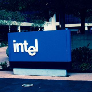 Intel: Hackers stole unpublished earnings info from corporate site