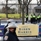 Police arrest man illegally carrying gun and ammo near White House, asking about Oval Office