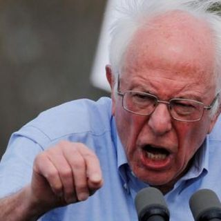 Bernie Sees a '22 'wipeout' if Dems Don't Think Big, U.S. History Suggests Otherwise