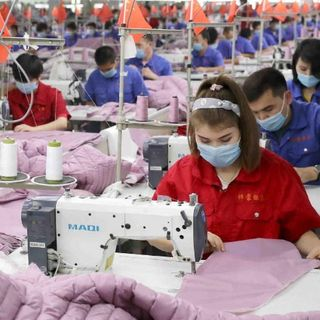 Report: Xinjiang textile workers' rights protected