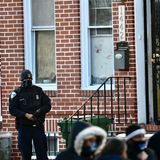 Member of U.S. Marshals injured, suspect killed in exchange of gunfire while serving arrest warrant, police say