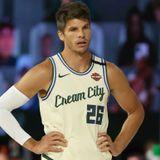 "Kyle Korver, will you return to the NBA this season? ""I don't know"""