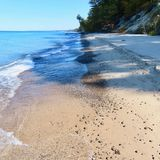 Backed by dune law, Lake Michigan township vetoes beach armoring