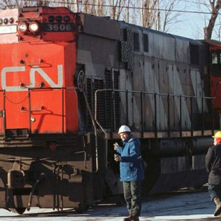 That Time a Canadian Town Derailed a Diesel Train and Drove It Down the Street to Provide Emergency Power