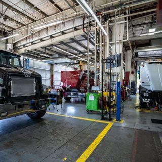 Daimler Trucks restarts Portland plant after nearly a month