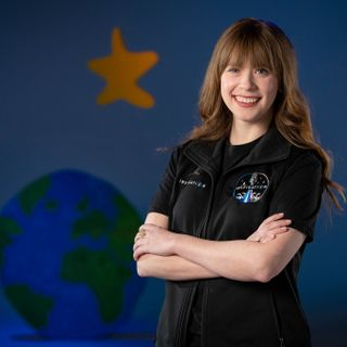SpaceX's first private flight will carry the youngest ever American to orbit | Engadget
