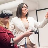 Virtual reality program lessens physical side effects of hemodialysis