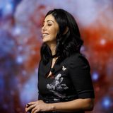 She came to the U.S. with only $300 and worked housekeeping jobs to pay for school. Now she's a flight director for NASA's Mars Perseverance.