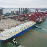 China's foreign trade surges 32.2% to 5.44t yuan