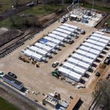 Report: Tesla is secretly building a giant 100 MW battery in Texas