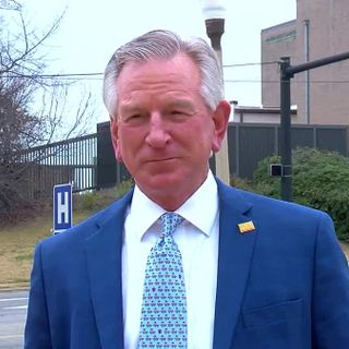 Senator Tuberville passes on questioning Dr. Fauci; compares him to NFL superstar