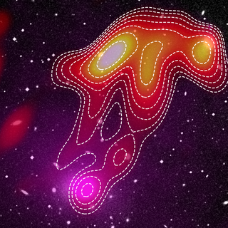 Astronomers see a ghostly 'radio jellyfish' rise from the dead in the southern sky