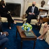Congressional Black Caucus members post selfie celebrating first WH visit in four years