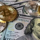 Bitcoin Records A New High Of $62,000 And Over 150,000 People Have Suffered A Huge Loss